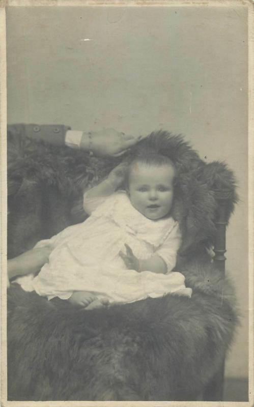Children portraits early photo postcards x 5
