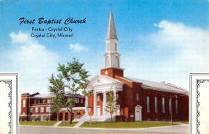 Crystal City Missouri First Baptist Church Street View Vintage Postcard K96119