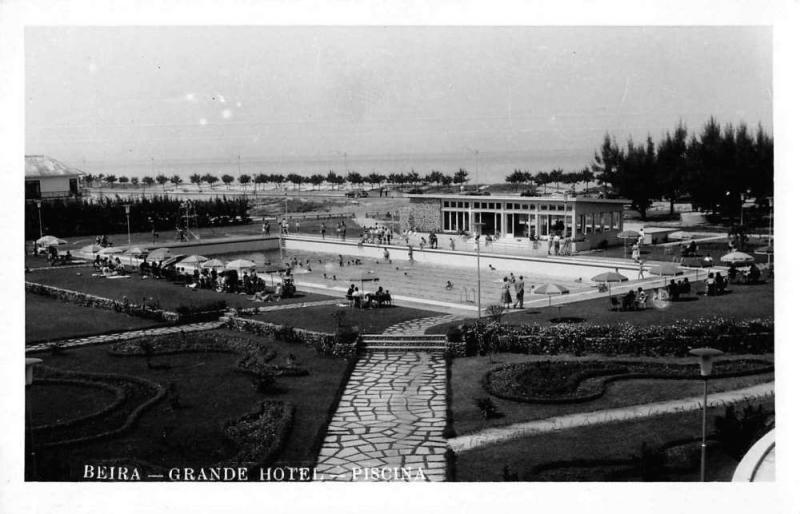 Beira Mozambique Grande Hotel Piscina Swimming Pool Real Photo Postcard J75754