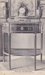 Musee Des Arts Decoratifs, Console Et Pendule (Epoque Louis XVI), PARIS, Fran...
