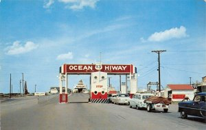 LP60 Ocean Highway Littlecreek Kiptopeke Beach Gateway  Virginia Postcard cars