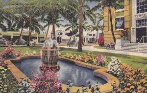 Florida Lake Worth The Fountain At Civic Center