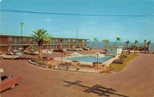 Biloxi Mississippi~Bungalow Motel & Restaurant~Swimming Pool Overlooks Gulf~'50s