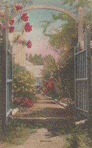BERMUDA , 1900-10s ; Gate to estate