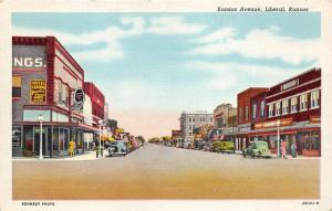 Liberal Kansas~Kansas Avenue Street Scene~Hotel Central~People Shopping~1940s