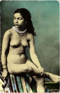 CPA Collection artistique L!Afrique. Type de femme ETHNIC NUDE (573899)