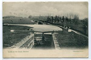 Locks on the Canal Devizes Wiltshire England UK 1911 postcard