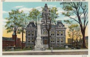 CAMBRIDGE , Ohio , 1910s ; Courthouse & Soldier's Monument