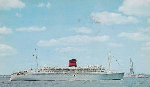 QTEV Queen of Bermuda Cruise Ship, Statue of Liberty, Liberty Island, New Yor...