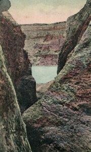 C.1910-20 Poas, Una Quebrada, Costa Rica Hand Colored Postcard F94