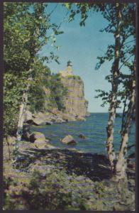 Split Rock Lighthouse,Lake Superior Postcard BIN