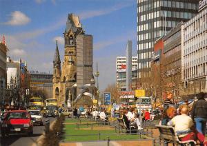 Berlin Tauentzienstrasse mit Gedaechtniskriche Church Auto Cars
