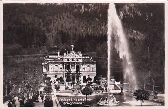 Germany Schloss Linderhof mit Springbrunnen Real Photo