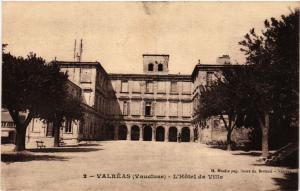 CPA VALREAS - L'Hotel de Ville (511721)
