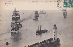FECAMP, Seine Maritimes, France; Navires Terre, Neuviers en rade, 00-10s
