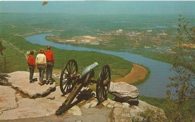 Confederate Cannon overlooking Chattanooga and Tennessee ...