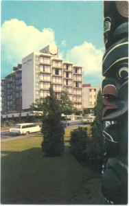 Queen Victoria Inn and Totem, 655 Douglas, Victoria, BC Canada, Chrome