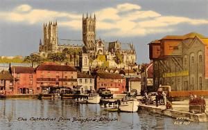 The Cathedral from Brayford Lincoln Harbour Boats Port Voitures Vintage Cars