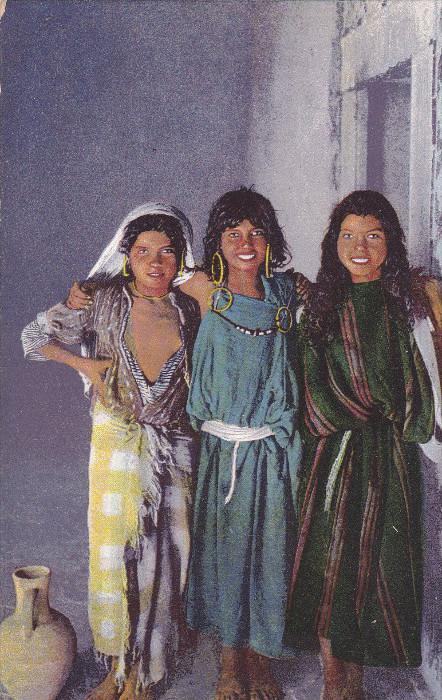 MOROCCO, Africa, 1900-1910s; Las Tres Amigas, The Three Friends