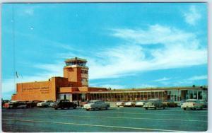 WILMINGTON, Delaware  DE   New Castle COUNTY AIRPORT Terminal ca 1950s  Postcard