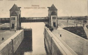 Germany Duisburg Schleusen Ausfahrt zum Hafen 03.04