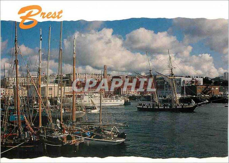Modern Postcard Brest harbor Fishing Boat