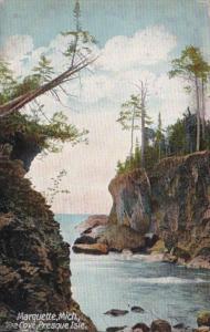Michigan Marquette The Cove Presque Isle
