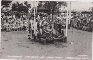 RP: HAYWARD , Kansas , 1930-40s ; Chippewa Indians at Pow Wow