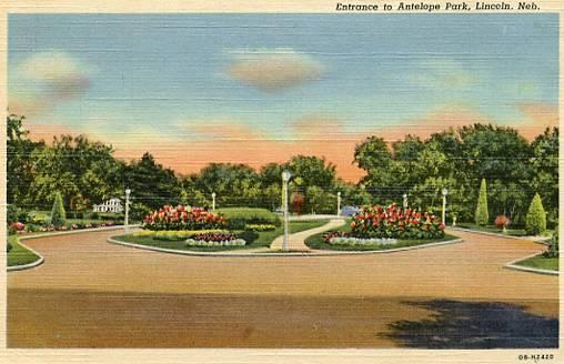 NE - Lincoln, Entrance to Antelope Park