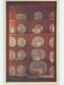 China - Chinese Dishes At Metropolitan Museum New York City NY hr0938