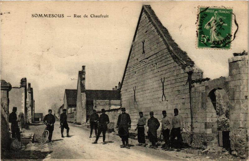 CPA SOMMESOUS-Rue de Chaufruit (346353)