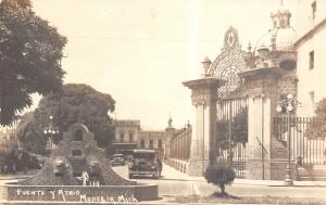 Morelia MX~Fuente Y Atrio Lion Head Fountain~Ornate Gates~Gran Hotel~RPPC 1930s