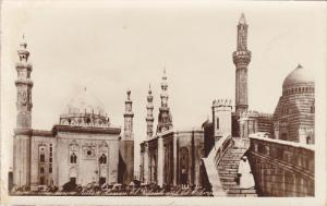 RP: Cairo , Egypt , 00-10s ; The Mosquee Sultan Hassan