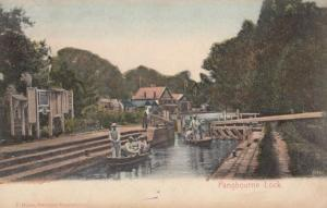 Boarding Boats On Pangbourne Lock Waterside Berkshire Antique Postcard