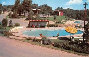 Lubbock Texas Milner Highland Lodge Pool View Vintage Postcard K825808