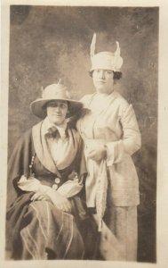 RP: 2 Women in fancy Hats , 00-10s ; BOSTON , Mass.