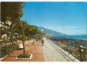 Italy, Riviera dei Fiori, Alassio, Passeggiata a mare e spiaggia, 1983 used Post