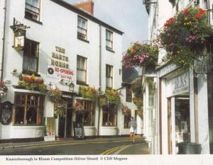 Knaresborough Yorkshire Harts Horns Pub In Award Flower Display Winning Postcard