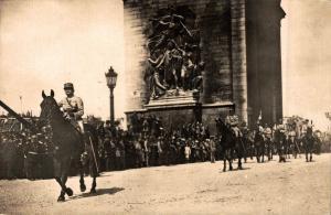 Military 14 Juillet 1919 Défilé de la Victoire WW1 Sir Douglas Haig RPPC 02.92