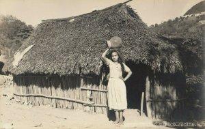 RP: JACALA , Hgo. , Mexico, 1930-40s ; Girl
