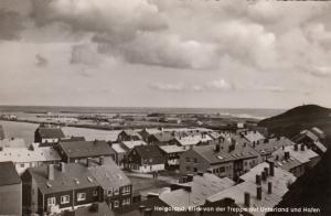 RP: HELGOLAND , Germany , 1930s ; Blick von der Treppe auf Unterland und Hafen