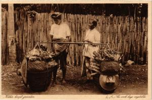 INDONESIA PC DUTCH INDIES - The cook buys vegetables (a1733)