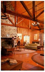 Virginia Shenandoah Nat. park , Lobby Big Meadows Lodge
