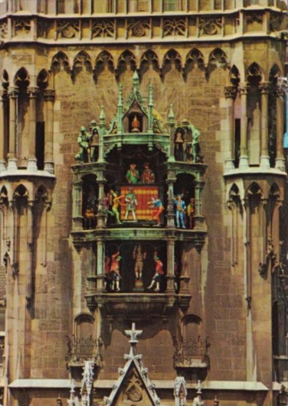 Germany Muenchen Glockenspieel Im Rathaus 1977