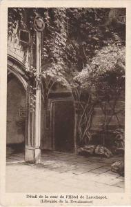 Beaune , France , 00-10s ; Detail de la cour de l'Hotel de Larochepot, Librai...