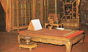 Thailand Cakrapatipiman Hall Monarch Ruler Sitting Room Vintage Photo Postcard