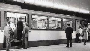 Frankfurt 8x5 German 1970s Railway Station Train Rare Press Photo