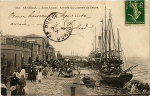 CPA AK Saint Louis Arrivee du Courrier du fleuve SENEGAL (821937)