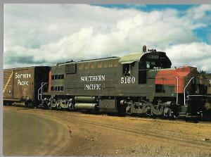 TRAINS, SOUTHERN PACIFIC RAILROAD, ALCO ALIGATOR 5160, EUGENE OREGON