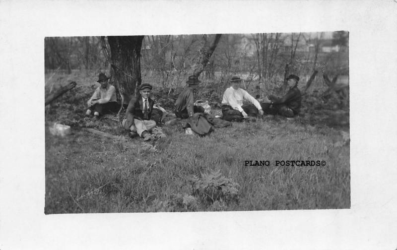 MANSFIELD, OHIO HUNTING PARTY-SCHWAN'S STUDIO 1900'S RPPC REAL PHOTO POSTCARD
